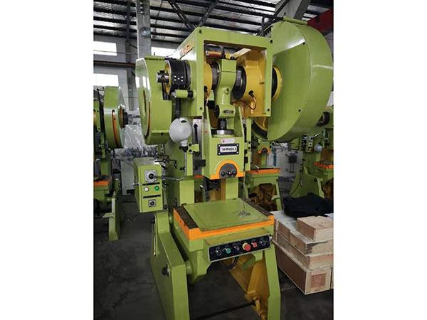 J23機械沖床系列